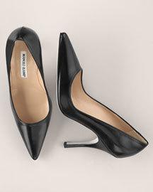 manolo-blahnik-classic-black-pumps-profile