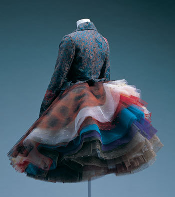 vivienne_westwood_best_womenwears_vest_skirt