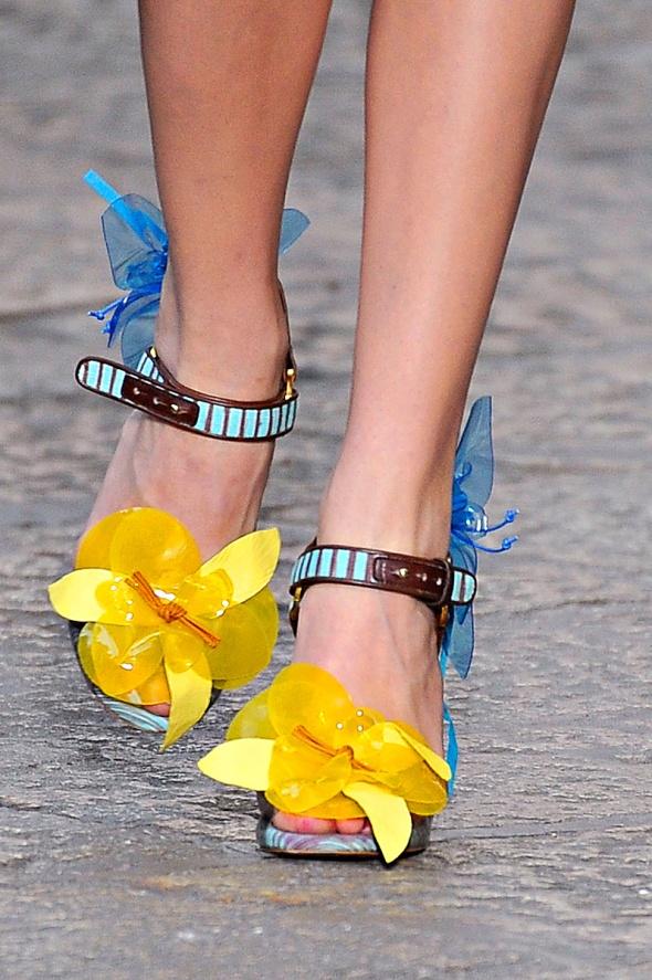 missoni-rtw-ss2012-floral sandals