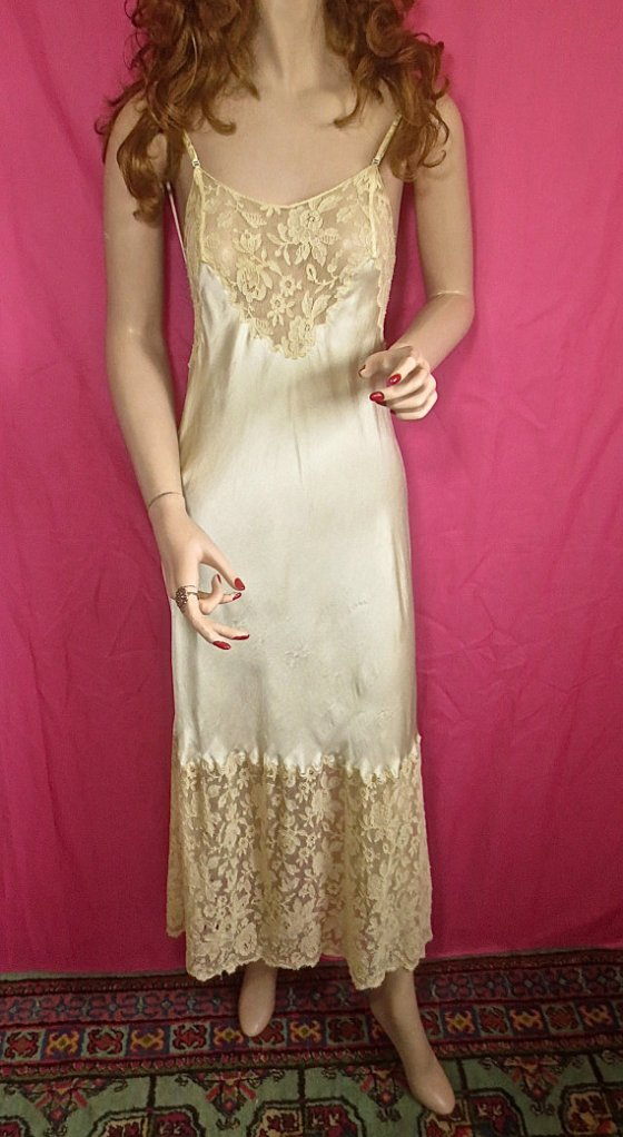 1930's-1940's Chevette Bias Cut Ivory Silk Satin & Lace Nightgown or Slip - sz 34
