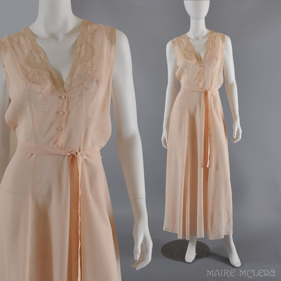 1940s Silk Nightgown - Embroidery, Lace - L