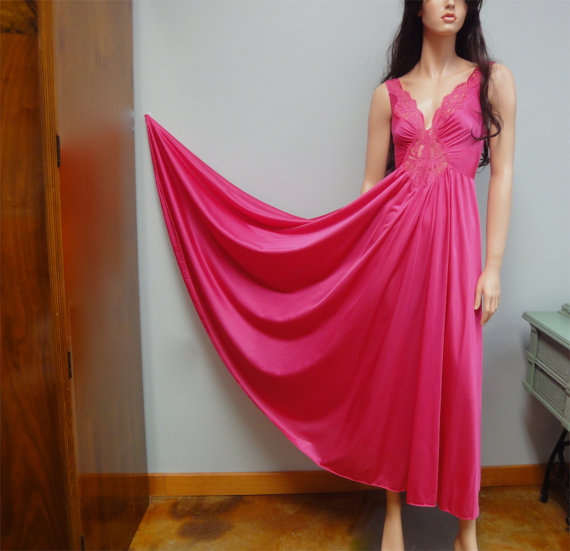 1970s OLGA Long Nightgown Hot Pink, Sweeping Hemline, Plunging Neckline Vintage 70s L 10 Style 92270