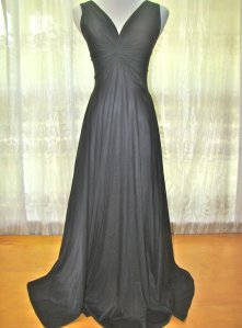 Vintage Black Olga Body-Silk Nightgown with Twist Knot Bodice. Rare Find. Style 9692. Size Medium.
