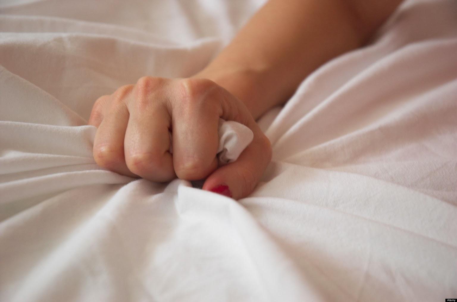 Multiple hands in vagina video