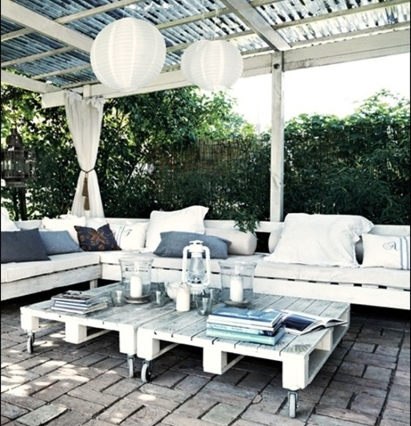 pallet-deck-furniture-9