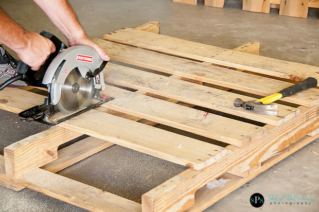 Pallets: Furniture With BDSM Possibilities. (repost)