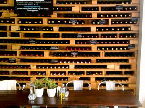 Pallet Wine Rack 64-Creative-Ways-To-Recycle-A-Pallet_52