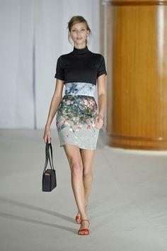 agnes b photo skirt model
