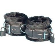 Cuffs fur-lined with locks