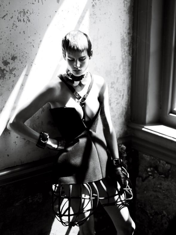 strict-Corset Céline. Panier Heather Huey. Choker Alexander McQueen. (Collar under Choker) Louis Vuitton. Harness Zana Bayne. Cuffs The Leather Man. Gloves Carolina Amato 2