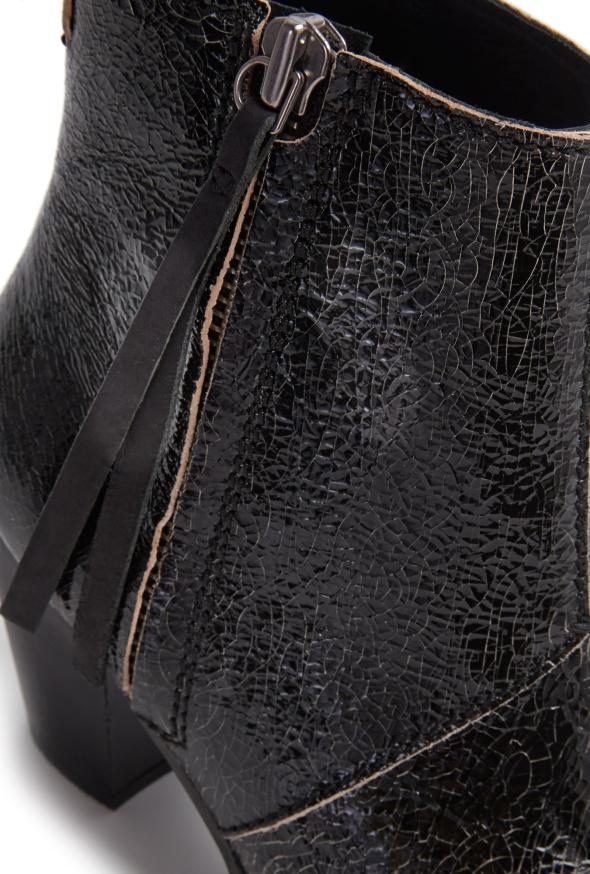 acne-studios-black-short-crackle-pistol-boot-product-close up