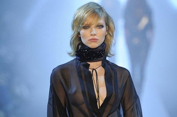 Alexandre Vauthier Posture Collar