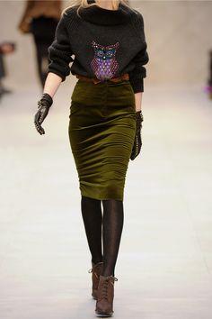 Burberry prorsum olive velvet skirt
