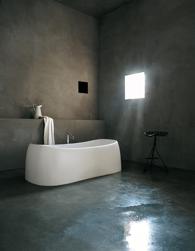 Bathtub Agape-Bathrooms-The-Water-Ritual-1