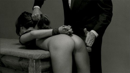 Master spanking