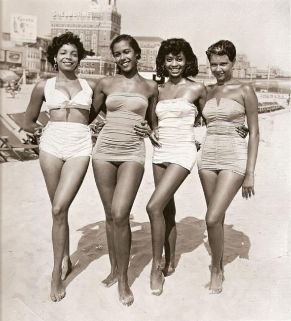 Retro Vintage-Swimsuits