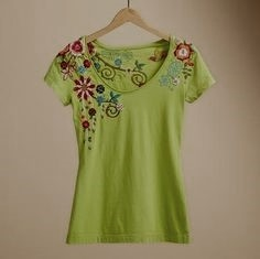 Sundance WILDFLOWER EMBROIDERED TEE lime