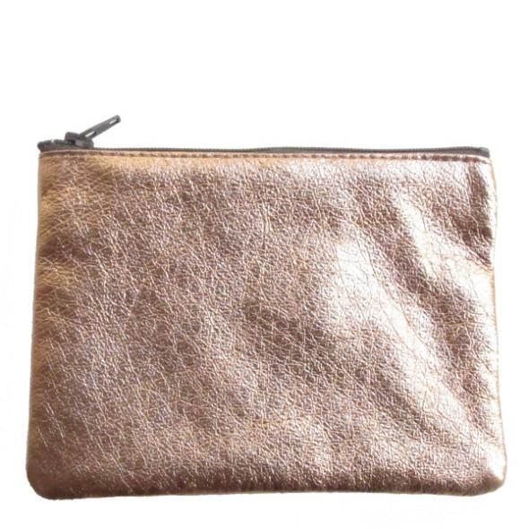 Copper pouch wayward