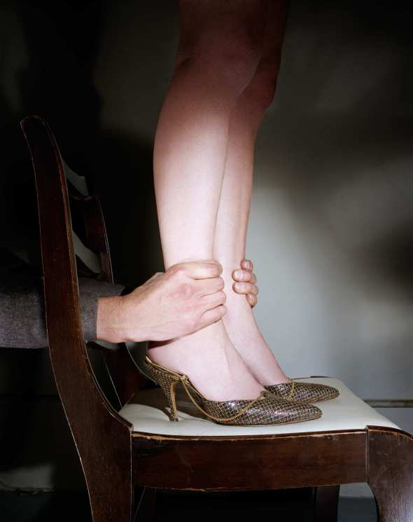 jo-ann-callis-07.Hands on Ankles 1976