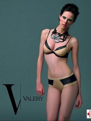 Valery Lingerie Ad colorblock