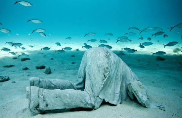 Jason deCaires Taylor Head in the Sand