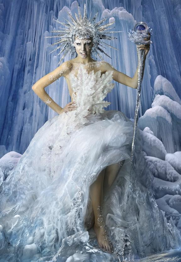 Ice-Queen-Costume-Ideas