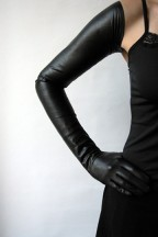Ines EXTREME LONG BLACK LEATHER GLOVES