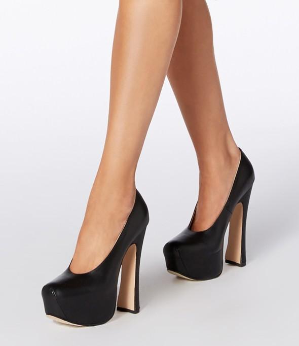 Vivienne Westwood Elevated Court Shoe Kid Black_Detail