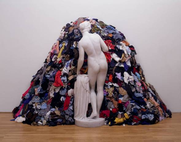 Venus of the Rags 1967,1974 Michelangelo Pistoletto born 1933 Purchased with assistance from Tate International Council 2006 http://www.tate.org.uk/art/work/T12200