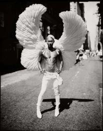 angel-of-nyc-parade-photography-by-giovanni-savino