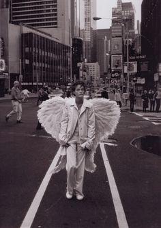 peter-lindbergh-nyc-angel