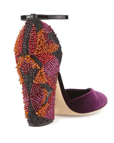sergio-rossi-velvet-pump-hand-embroidered-beaded-heel-2