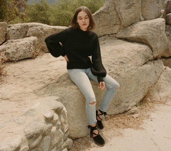 doen-lulu-sweater-black-248