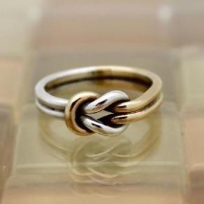 James Avery 14K Sterling knot ring