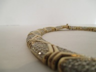 nina-ricci-necklace-housing-works-auction-2