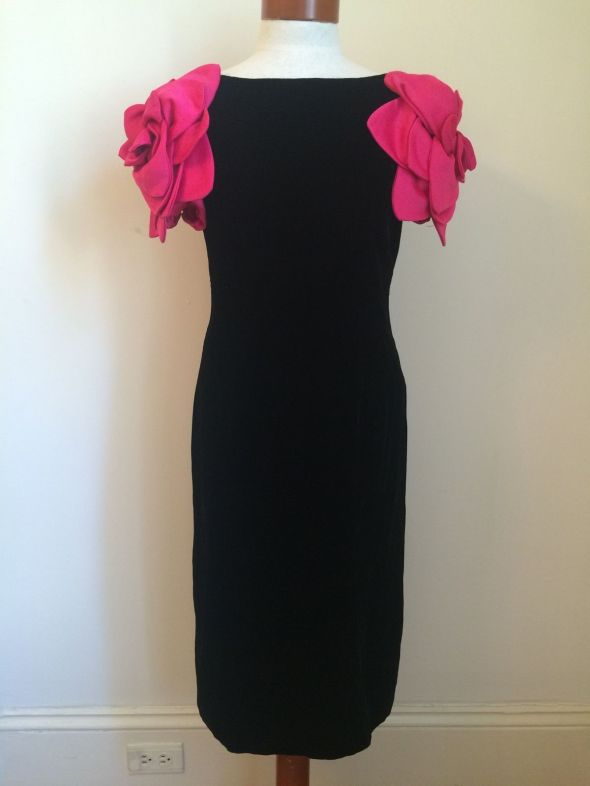 ebay-velvet-victor-costa-vintage-70s-80s-black-velvet-cocktail-dress-pink-roses-size-10