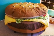 hamburger-bed-image-source-diply
