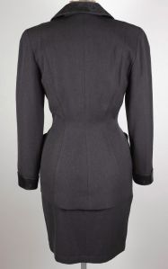 thierry-mugler-grey-suit-vintage-back