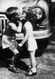 The Kiss Vintage