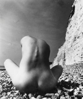 EAST-SUSSEX-COAST-1978-by-BILL-BRANDT
