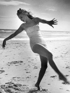 Andre De Dienes - Marilyn Monroe ...exuberance at the beach