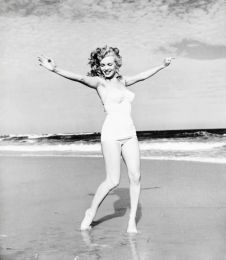 Exuberance on the beach Marilyn Monroe at Tobey Beach, by Andre de Dienes 1949