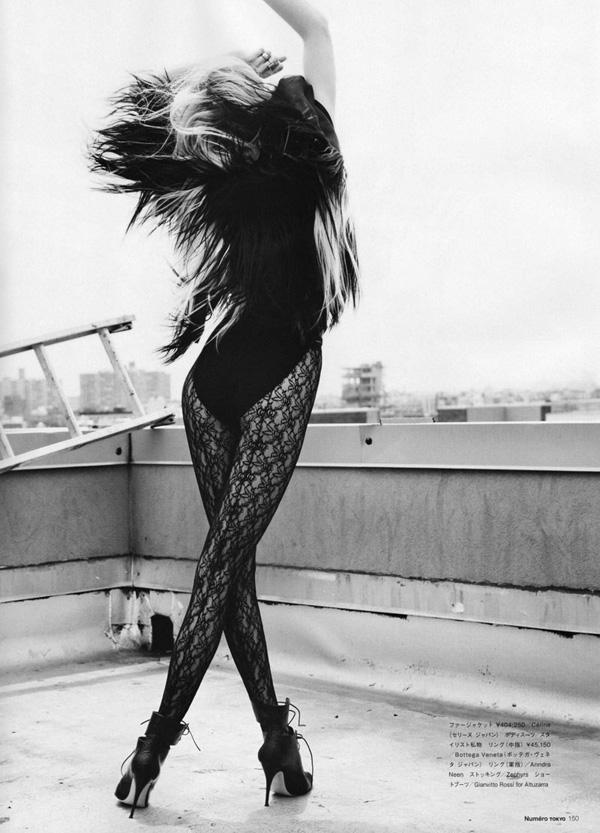David Vasiljevic shoots Kasia Struss for the September 2010 issue of Numéro Tokyo.