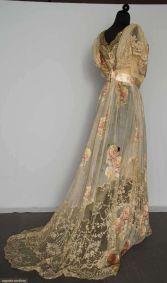 Verlobung (1900-1920)--belle-epoch-lace-inset peignoir