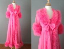 Vintage 1960s pink peignoir