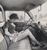 bullet-bra-fashion-vintage-car driving