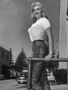 bullet-bra-fashion-vintage-J Mansfield