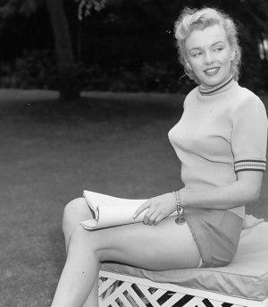 bullet-bra-fashion-vintage-Marilyn Monroe