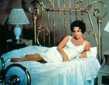 Elizabeth Taylor's simple white slip in Cat On A Hot Tin Roof, 1958