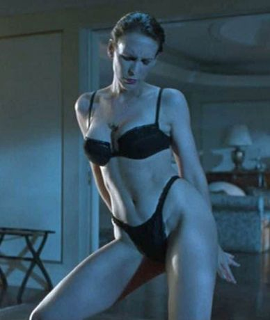 Jamie Lee Curtis in 1994 film True Lies